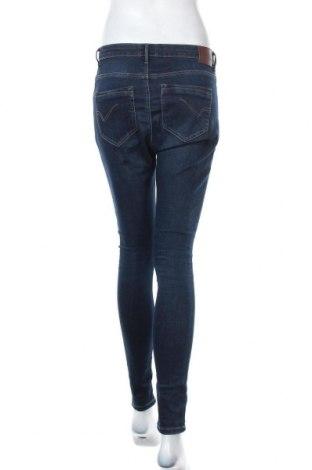 Дамски дънки ONLY, Размер S, Цвят Син, 98% памук, 2% еластан, Цена 20,50лв.