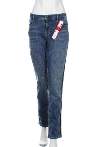 Дамски дънки S.Oliver, Размер XL, Цвят Син, 73% памук, 25% полиестер, 2% еластан, Цена 48,95лв.