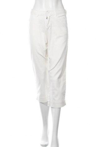 Дамски дънки Sonoma, Размер S, Цвят Бял, 97% памук, 3% еластан, Цена 7,87лв.