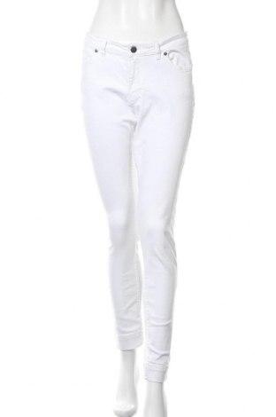Дамски дънки Steffen Schraut, Размер M, Цвят Бял, 98% памук, 2% еластан, Цена 48,88лв.