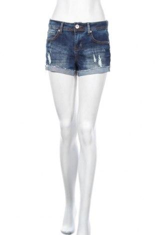 Дамски къс панталон Almost Famous, Размер M, Цвят Син, 70% памук, 28% полиестер, 2% еластан, Цена 17,85лв.