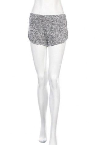 Дамски къс панталон Ambiance Apparel, Размер S, Цвят Сив, 56% памук, 44% полиестер, Цена 16,80лв.