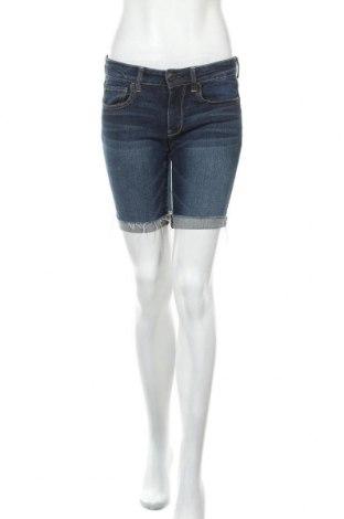 Дамски къс панталон American Eagle, Размер M, Цвят Син, 99% памук, 1% еластан, Цена 22,05лв.