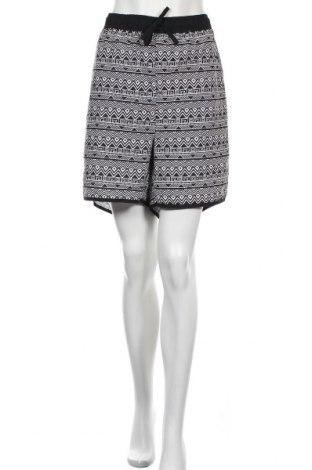 Γυναικείο κοντό παντελόνι Avella, Μέγεθος 3XL, Χρώμα Μαύρο, Πολυεστέρας, Τιμή 15,79€
