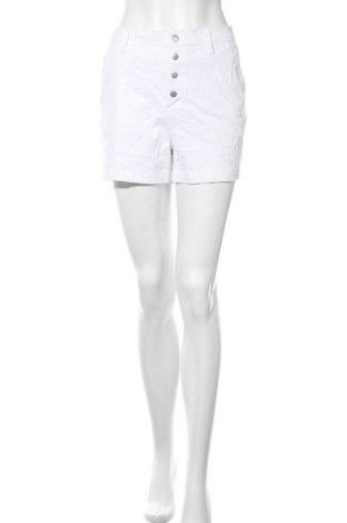 Дамски къс панталон Cynthia Rowley, Размер M, Цвят Бял, 97% памук, 3% еластан, Цена 37,80лв.