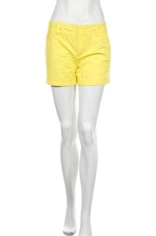 Γυναικείο κοντό παντελόνι Tommy Hilfiger, Μέγεθος S, Χρώμα Κίτρινο, Βαμβάκι, Τιμή 57,80€