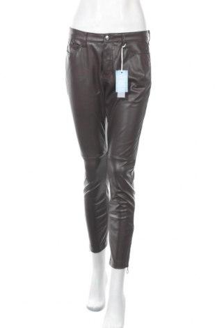 Дамски кожен панталон Mac, Размер M, Цвят Кафяв, Еко кожа, Цена 83,30лв.