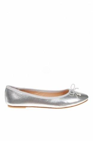 Дамски обувки, Размер 38, Цвят Сребрист, Естествена кожа, Цена 29,00лв.