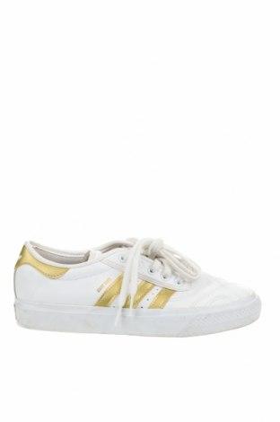 Дамски обувки Adidas Originals, Размер 38, Цвят Бял, Естествена кожа, Цена 56,70лв.