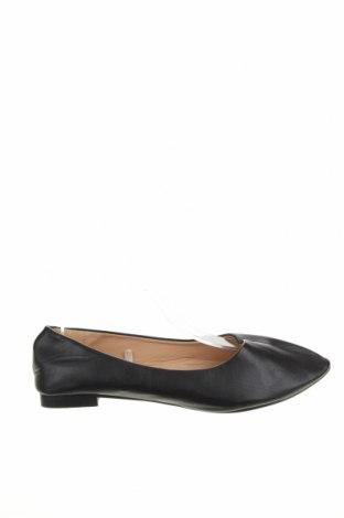 Дамски обувки Clothing & Co, Размер 38, Цвят Черен, Еко кожа, Цена 10,92лв.