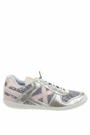 Дамски обувки Munich, Размер 40, Цвят Многоцветен, Еко кожа, текстил, Цена 63,22лв.