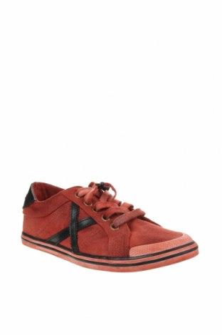 Дамски обувки Munich, Размер 37, Цвят Червен, Текстил, Цена 54,18лв.