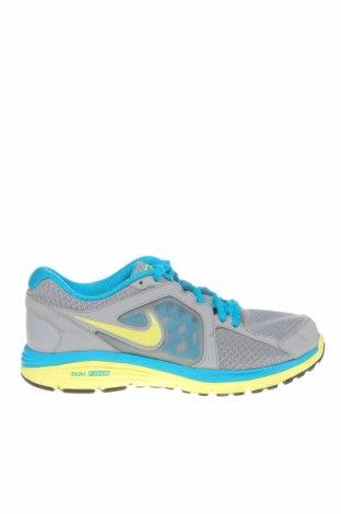 Дамски обувки Nike, Размер 40, Цвят Сив, Текстил, еко кожа, Цена 56,70лв.