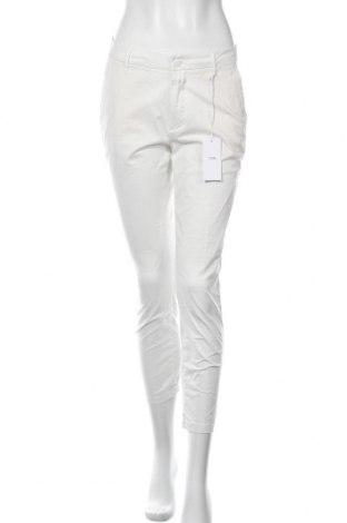 Дамски панталон Closed, Размер S, Цвят Бял, 97% памук, 3% еластан, Цена 42,25лв.