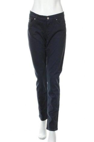 Дамски панталон Esprit, Размер XL, Цвят Син, 97% памук, 3% еластан, Цена 43,73лв.