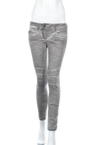 Дамски панталон Gang, Размер S, Цвят Сив, 58% памук, 20% полиестер, 20% вискоза, 2% еластан, Цена 9,76лв.