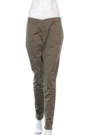 Дамски панталон Liu Jo, Размер L, Цвят Зелен, 97% памук, 3% еластан, Цена 48,75лв.