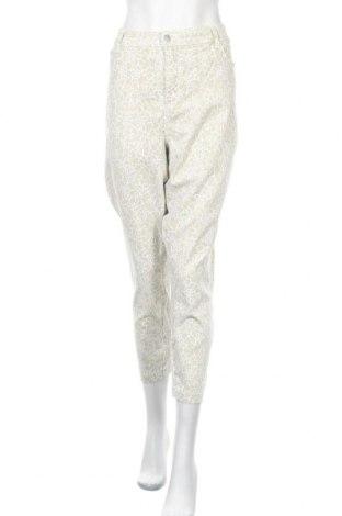 Дамски панталон NYDJ, Размер XXL, Цвят Бежов, 96% памук, 4% еластан, Цена 6,30лв.