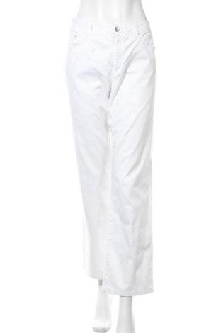 Дамски панталон S.Oliver, Размер XL, Цвят Бял, 98% памук, 2% еластан, Цена 6,04лв.