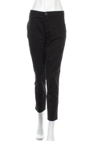 Дамски панталон United Colors Of Benetton, Размер L, Цвят Черен, 98% памук, 2% еластан, Цена 59,25лв.