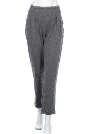 Дамски спортен панталон Active By Tchibo, Размер XL, Цвят Сив, 78% памук, 18% полиестер, 4% еластан, Цена 16,38лв.
