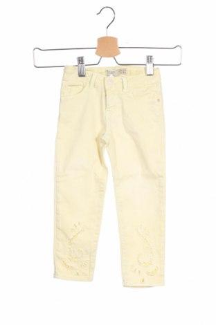 Детски дънки Zara Kids, Размер 3-4y/ 104-110 см, Цвят Жълт, Цена 8,55лв.