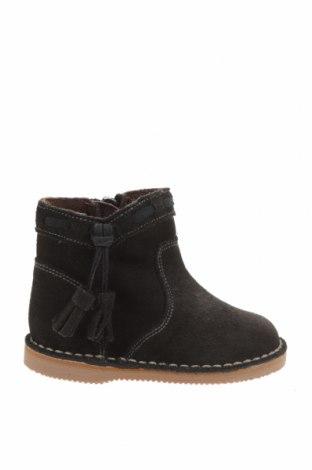 Детски обувки Little Celebs, Размер 20, Цвят Сив, Естествен велур, Цена 19,33лв.