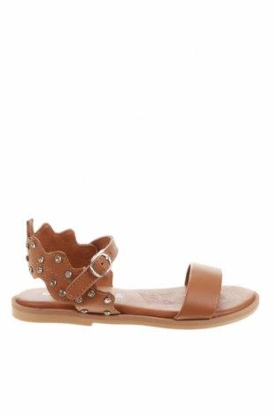 Детски сандали Oca-Loca, Размер 31, Цвят Кафяв, Естествена кожа, Цена 37,44лв.