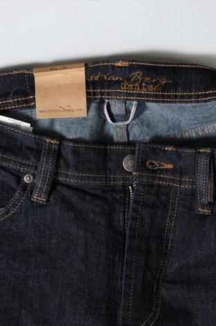 Мъжки дънки Christian Berg, Размер M, Цвят Син, 98% памук, 2% еластан, Цена 59,25лв.