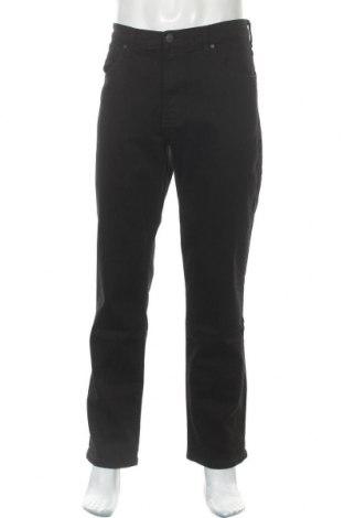 Мъжки дънки Wrangler, Размер L, Цвят Черен, 98% памук, 2% еластан, Цена 104,30лв.