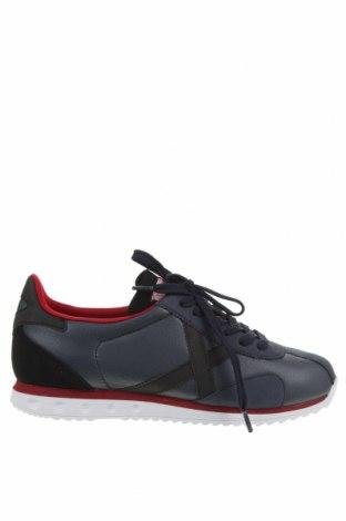 Мъжки обувки Munich, Размер 41, Цвят Син, Еко кожа, Цена 70,95лв.