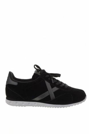 Мъжки обувки Munich, Размер 43, Цвят Черен, Текстил, еко кожа, Цена 70,95лв.