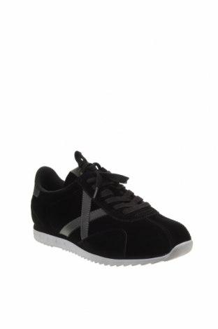 Мъжки обувки Munich, Размер 43, Цвят Черен, Текстил, еко кожа, Цена 96,75лв.
