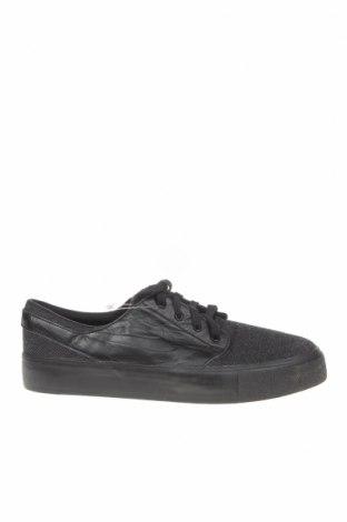 Мъжки обувки Nike, Размер 41, Цвят Черен, Текстил, естествена кожа, Цена 55,86лв.