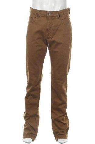 Мъжки панталон Bugatti, Размер L, Цвят Кафяв, 97% памук, 3% еластан, Цена 83,85лв.