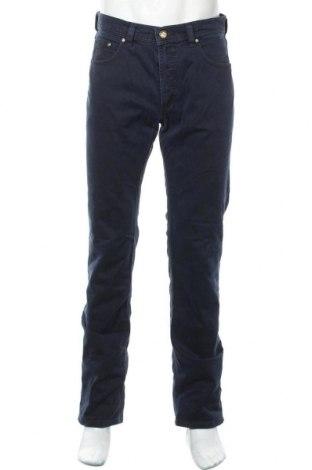 Мъжки панталон Bugatti, Размер M, Цвят Син, 98% памук, 2% еластан, Цена 24,83лв.