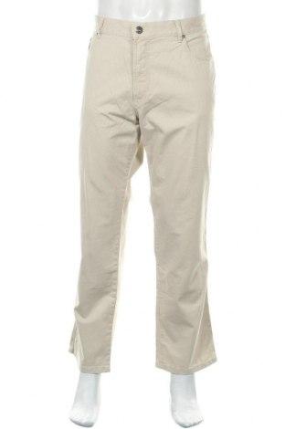 Мъжки панталон Bugatti, Размер XL, Цвят Бежов, 98% памук, 2% еластан, Цена 112,46лв.