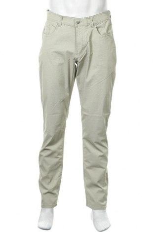 Мъжки панталон Christian Berg, Размер M, Цвят Зелен, 97% памук, 3% еластан, Цена 13,90лв.