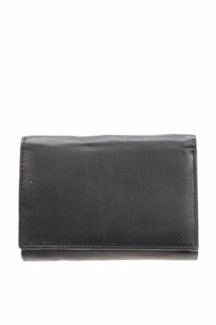 Портмоне, Цвят Черен, Естествена кожа, Цена 37,80лв.