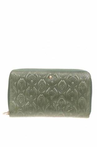Портмоне Wilson, Цвят Зелен, Естествена кожа, Цена 38,85лв.