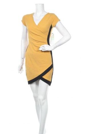 Рокля Almost Famous, Размер S, Цвят Жълт, 95% полиестер, 5% еластан, Цена 39,90лв.
