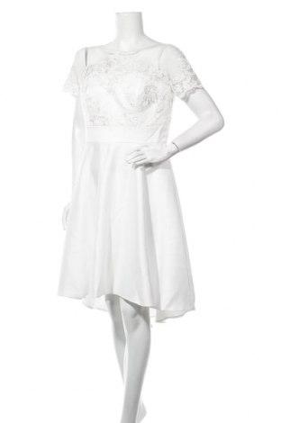 Рокля Chi Chi, Размер XL, Цвят Бял, Полиамид, Цена 103,35лв.