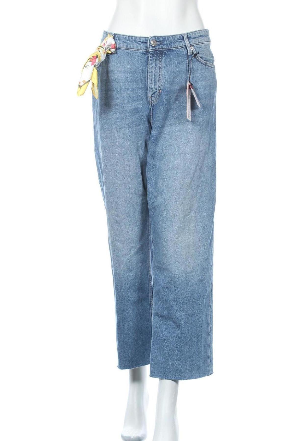 Дамски дънки S.Oliver, Размер XXL, Цвят Син, 99% памук, 1% еластан, Цена 66,75лв.