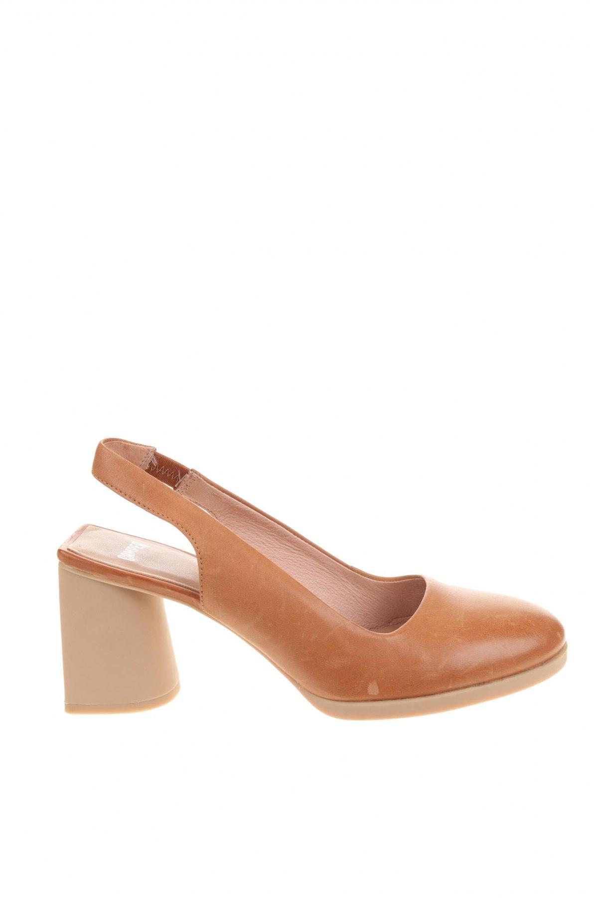 Дамски обувки Camper, Размер 38, Цвят Бежов, Естествена кожа, Цена 134,25лв.