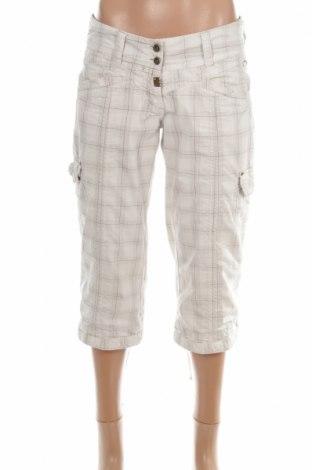 Дамски панталон Timezone, Размер XS, Цвят Многоцветен, 70% памук, 30% полиамид, Цена 8,67лв.