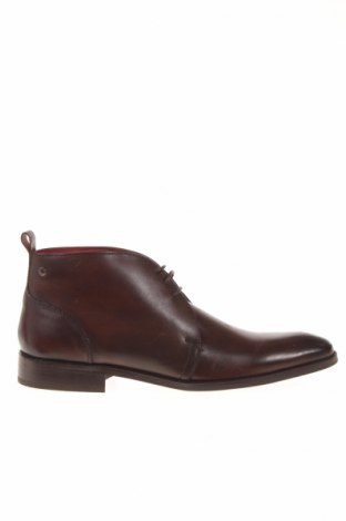 Мъжки обувки Base London