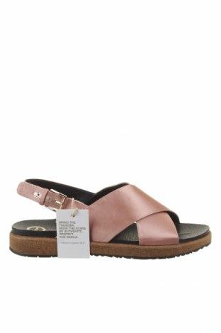 Sandale Woden
