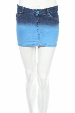 Пола, Размер S, Цвят Син, 70% памук, 30% други тъкани, Цена 5,72лв.
