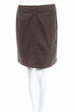 Пола Madeleine, Размер M, Цвят Зелен, 98% памук, 2% еластан, Цена 11,70лв.