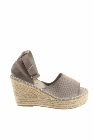 Sandály  Superdry